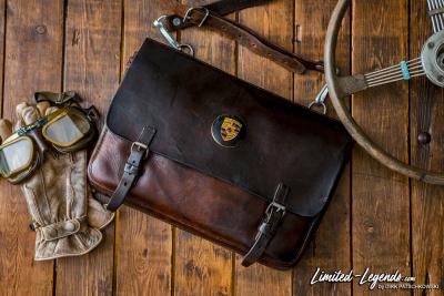 Tasche mit Original Porsche 356 Emblem / Limited-Legends © Dirk Patschkowski