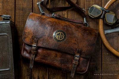 Tasche mit Original MG Emblem / Limited-Legends © Dirk Patschkowski